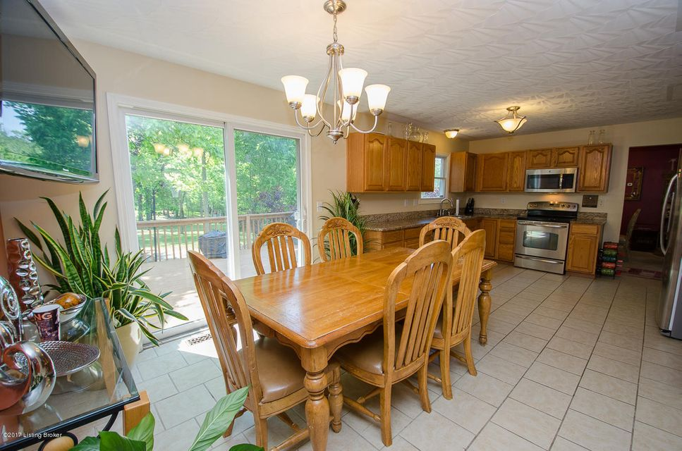 Additional photo for property listing at 12402 Dominion Way  Louisville, Kentucky 40299 United States
