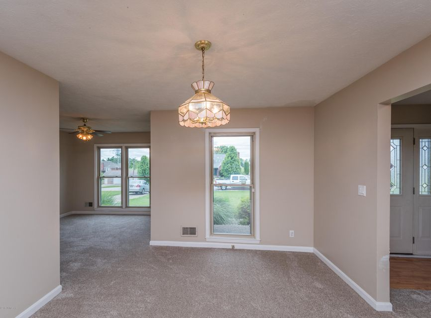 Additional photo for property listing at 159 Zebra Place  Shepherdsville, Kentucky 40165 United States