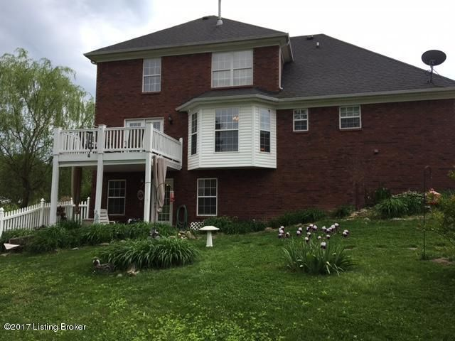 Additional photo for property listing at 6031 Clearwater Circle  Louisville, Kentucky 40219 United States