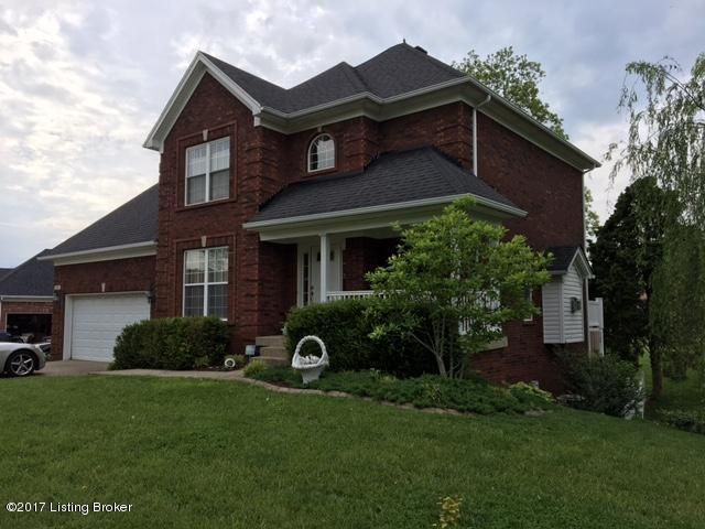 Single Family Home for Sale at 6031 Clearwater Circle Louisville, Kentucky 40219 United States