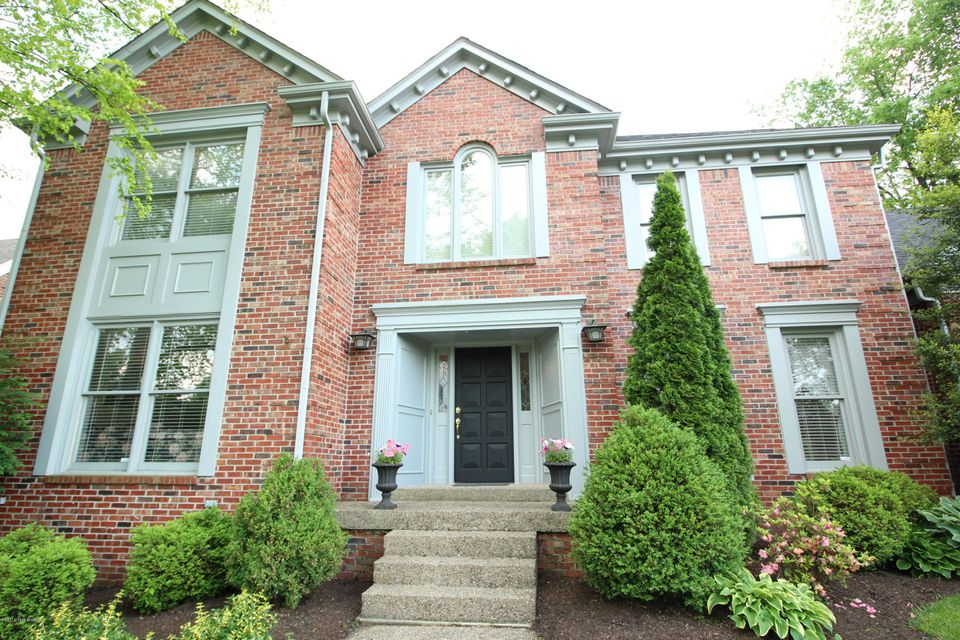 Additional photo for property listing at 930 Lake Forest Pkwy  Louisville, Kentucky 40245 United States