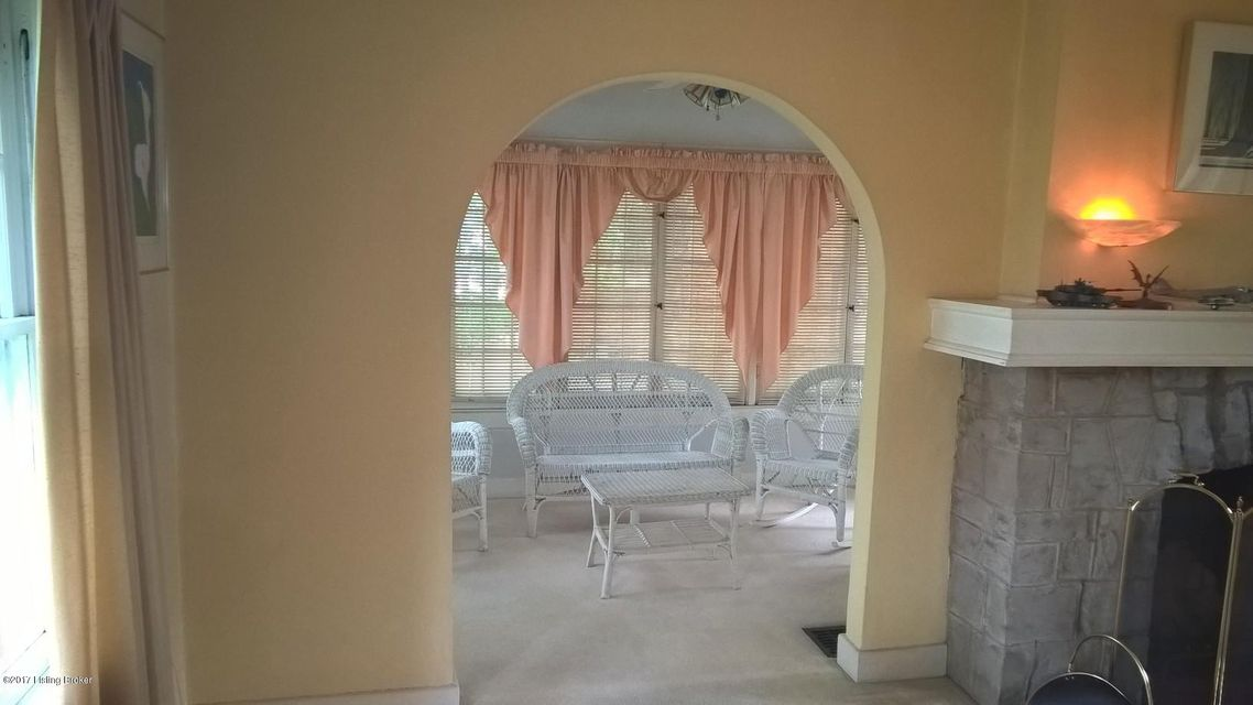 Additional photo for property listing at 2615 Byron Avenue  Louisville, Kentucky 40205 United States