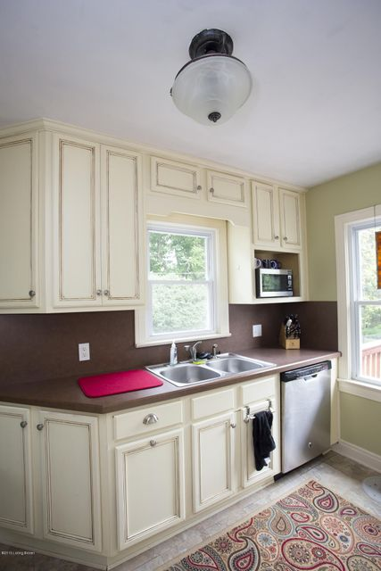 Additional photo for property listing at 4022 Gloucester Road  Louisville, Kentucky 40207 United States