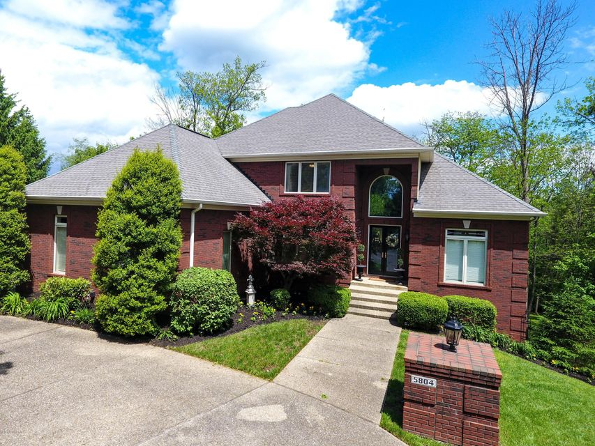 Single Family Home for Sale at 5804 Tee View Court Prospect, Kentucky 40059 United States