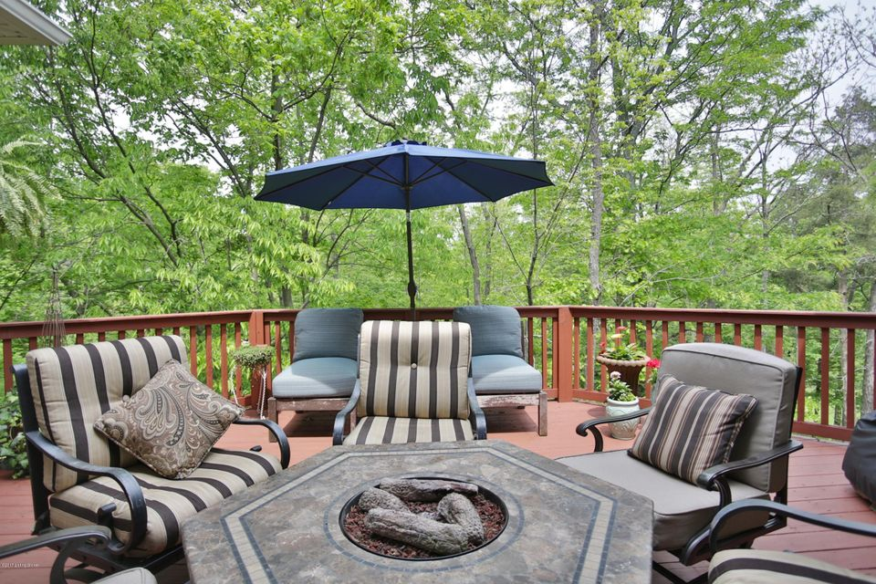 Additional photo for property listing at 5804 Tee View Court  Prospect, Kentucky 40059 United States