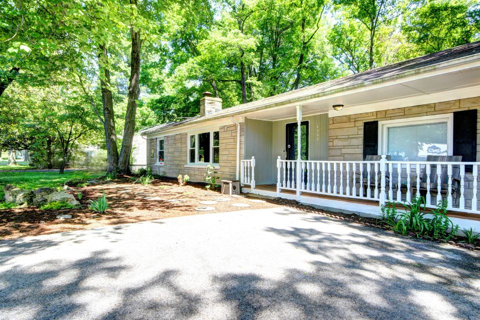 Single Family Home for Sale at 4307 E Pages Lane Louisville, Kentucky 40272 United States