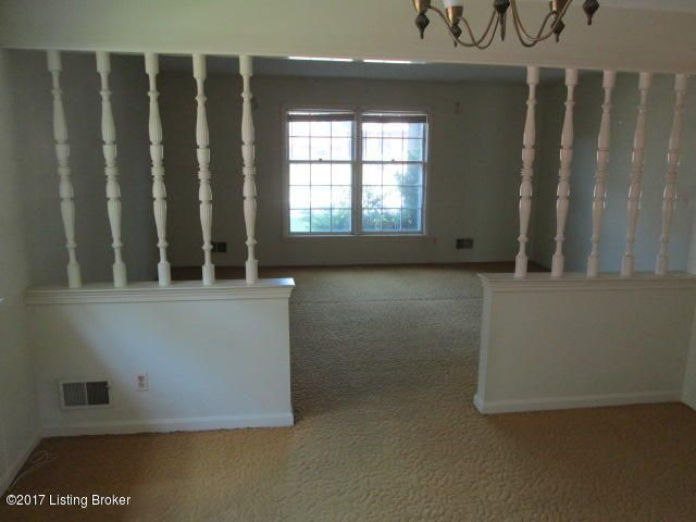 Additional photo for property listing at 4110 Manner Dale Drive  Louisville, Kentucky 40220 United States