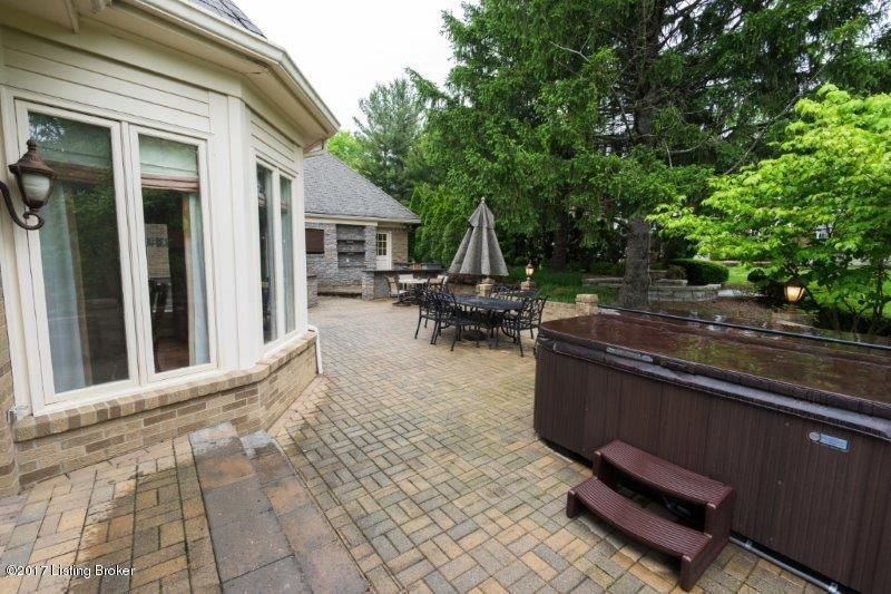 Additional photo for property listing at 709 Alta Vista Road 709 Alta Vista Road Louisville, Kentucky 40206 United States