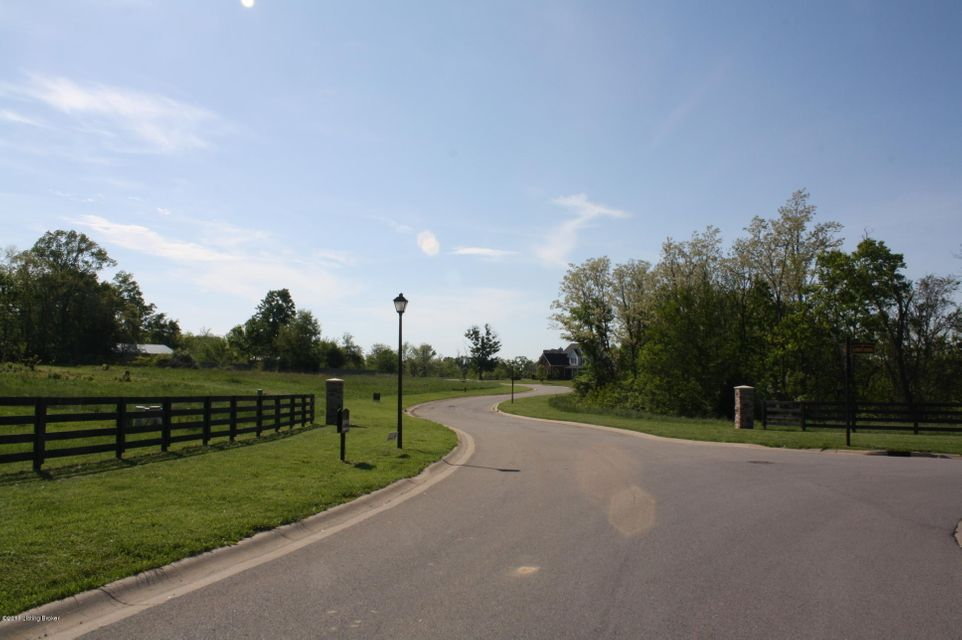Additional photo for property listing at 16 Hypoint Ridge  Crestwood, Kentucky 40014 United States