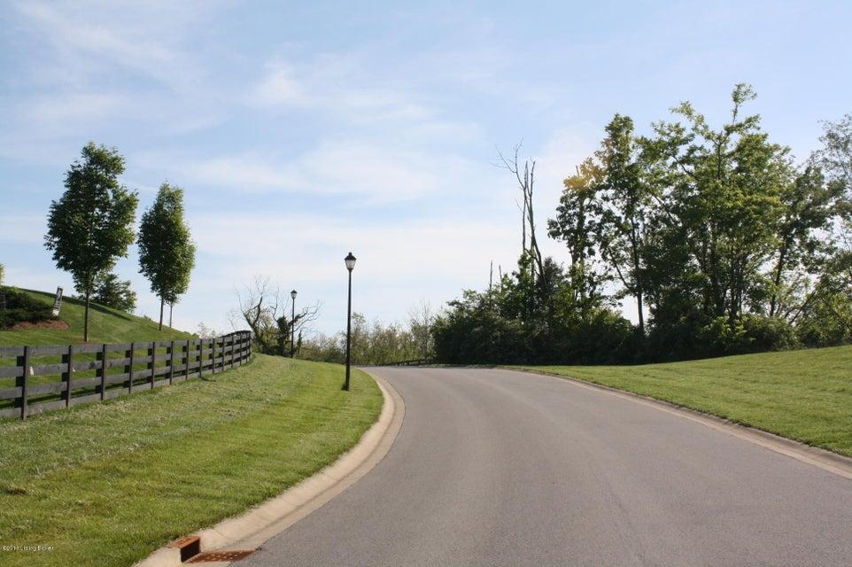 Additional photo for property listing at 32 Oakmont  Crestwood, Kentucky 40014 United States