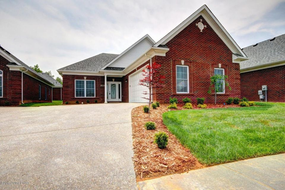 Single Family Home for Sale at 7100 Brett Frazier Drive Louisville, Kentucky 40291 United States
