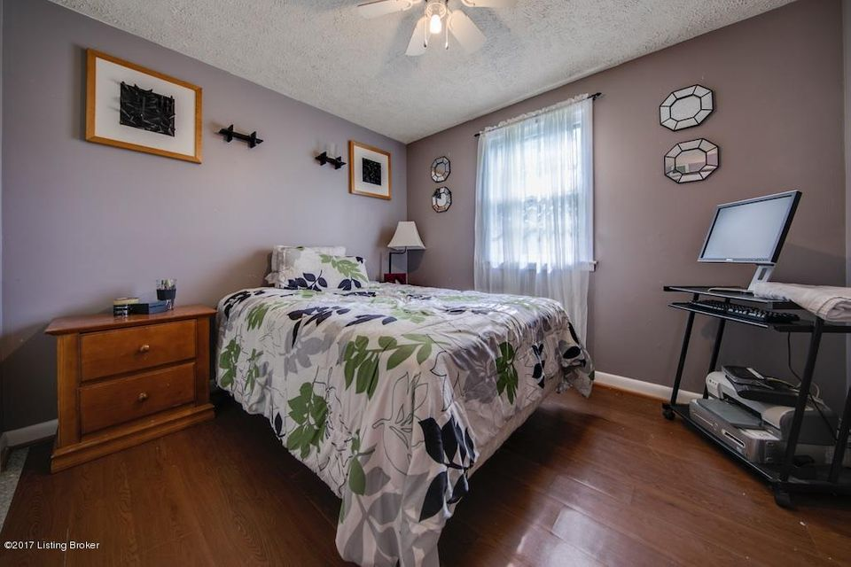 Additional photo for property listing at 2602 Wilburlook Lane  Louisville, Kentucky 40220 United States