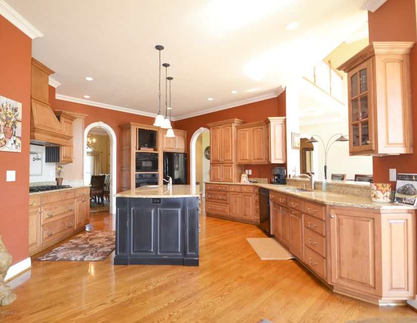 Additional photo for property listing at 3307 Skylight Manor  Goshen, Kentucky 40026 United States
