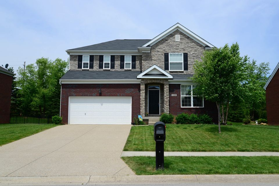 Single Family Home for Sale at 1109 Crossings Cove Court Louisville, Kentucky 40245 United States