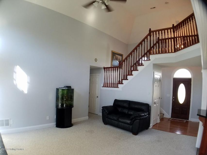 Additional photo for property listing at 7125 Lawrenceburg Road  Bloomfield, Kentucky 40008 United States