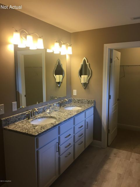 Additional photo for property listing at 5016 Fawn Valley Drive 5016 Fawn Valley Drive Louisville, Kentucky 40299 United States