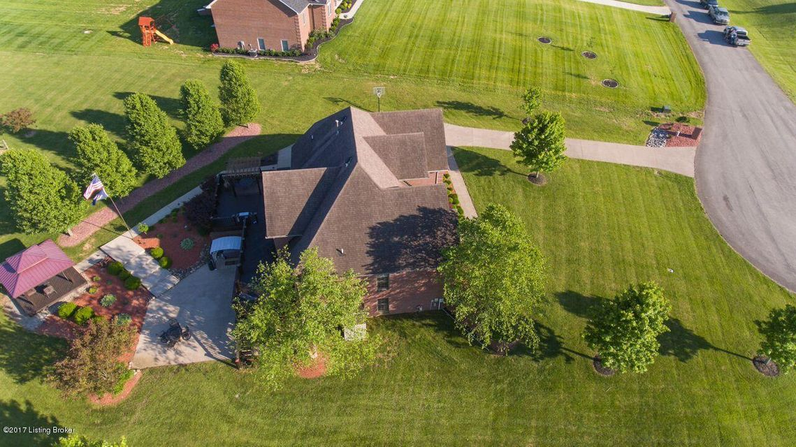 Additional photo for property listing at 115 Coventry Lane  Bardstown, Kentucky 40004 United States
