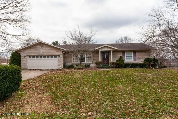 Single Family Home for Sale at 4422 Southridge Drive Louisville, Kentucky 40272 United States