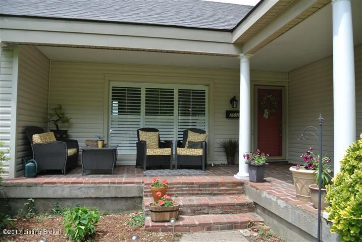 Additional photo for property listing at 7511 Norwood Drive  Louisville, Kentucky 40222 United States