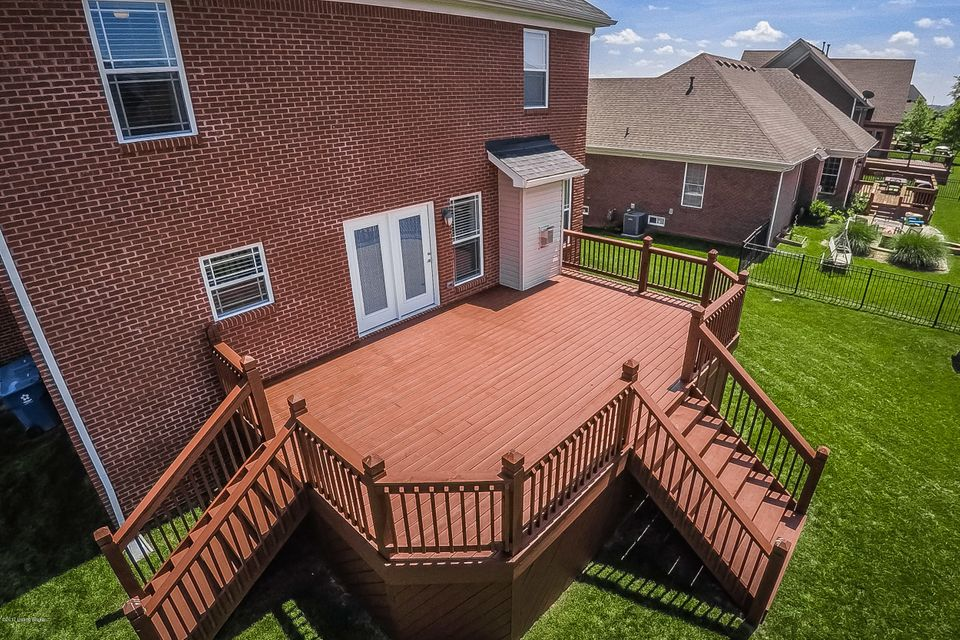 Additional photo for property listing at 7900 Emma Court  Louisville, Kentucky 40291 United States