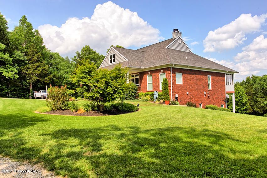 Additional photo for property listing at 12001 Hidden Valley Way  Louisville, Kentucky 40291 United States