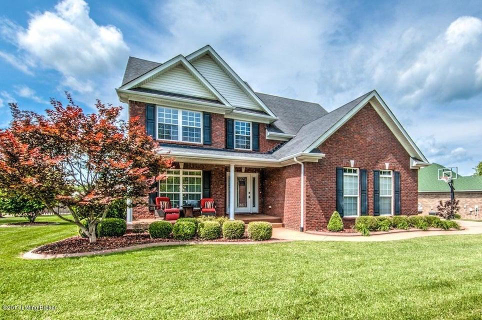 Single Family Home for Sale at 165 Beechwood Avenue Shepherdsville, Kentucky 40165 United States