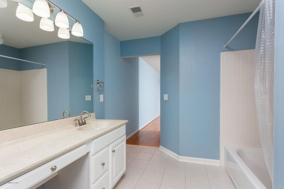 Additional photo for property listing at 4104 Lilac Vista Drive  Louisville, Kentucky 40241 United States