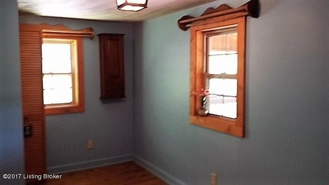 Additional photo for property listing at 549 Willow Lane 549 Willow Lane Bee Spring, Kentucky 42207 United States