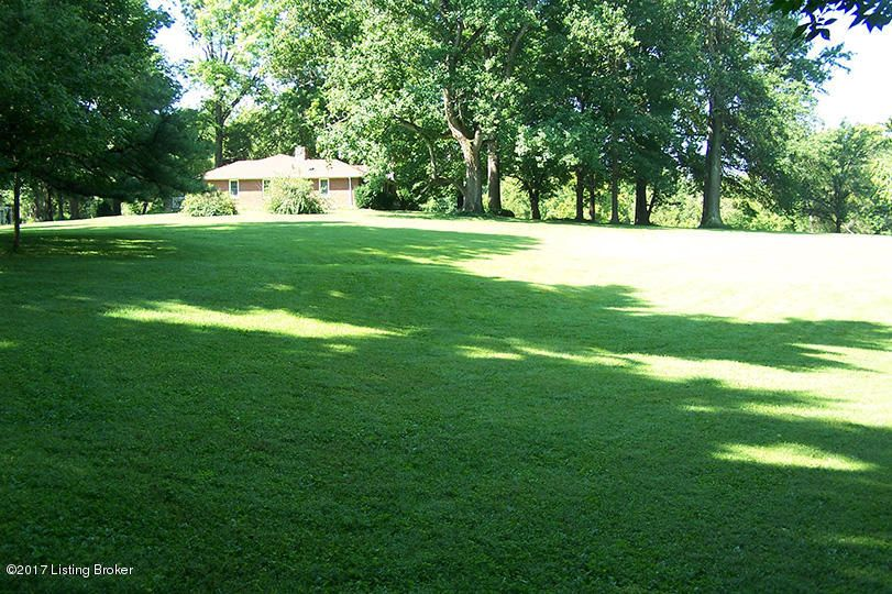 Additional photo for property listing at 4313 Chenoweth Run  Louisville, Kentucky 40299 United States