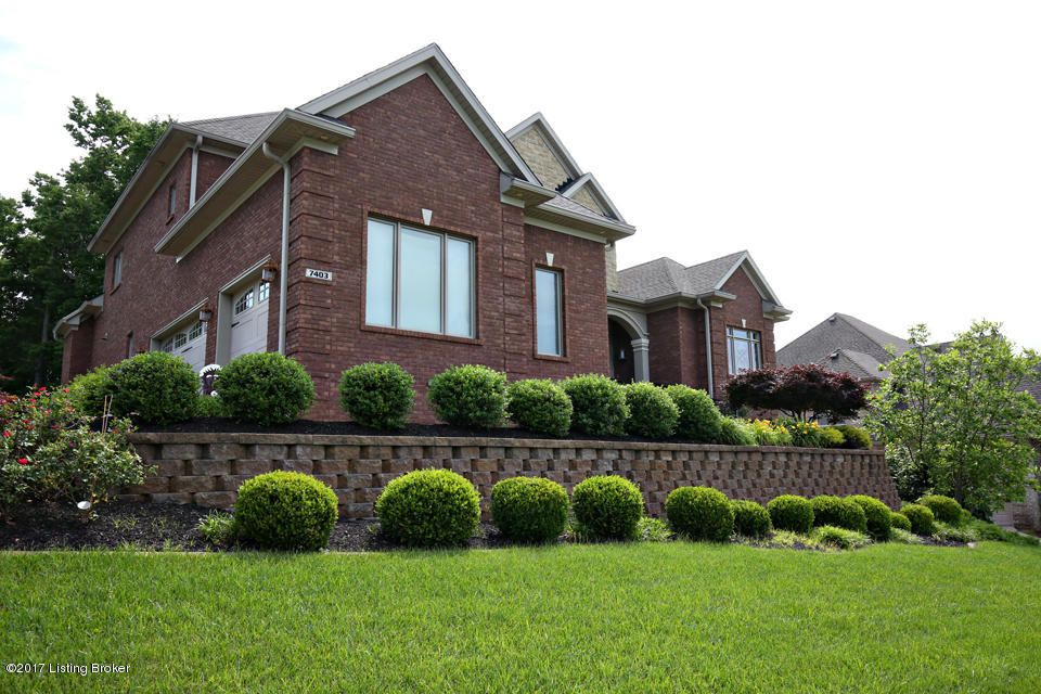 Additional photo for property listing at 7403 Creekton Drive  Louisville, Kentucky 40241 United States