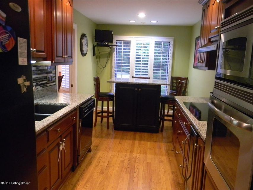 Additional photo for property listing at 2603 Seminary Drive  Louisville, Kentucky 40241 United States