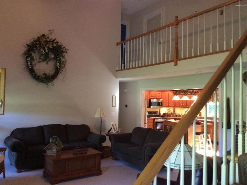 Additional photo for property listing at 903 Radcliff Road  Smithfield, Kentucky 40068 United States