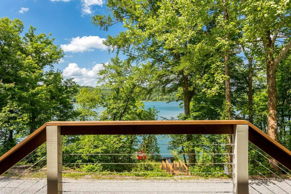 Additional photo for property listing at 1111 Penn Run Road  Bee Spring, Kentucky 42207 United States
