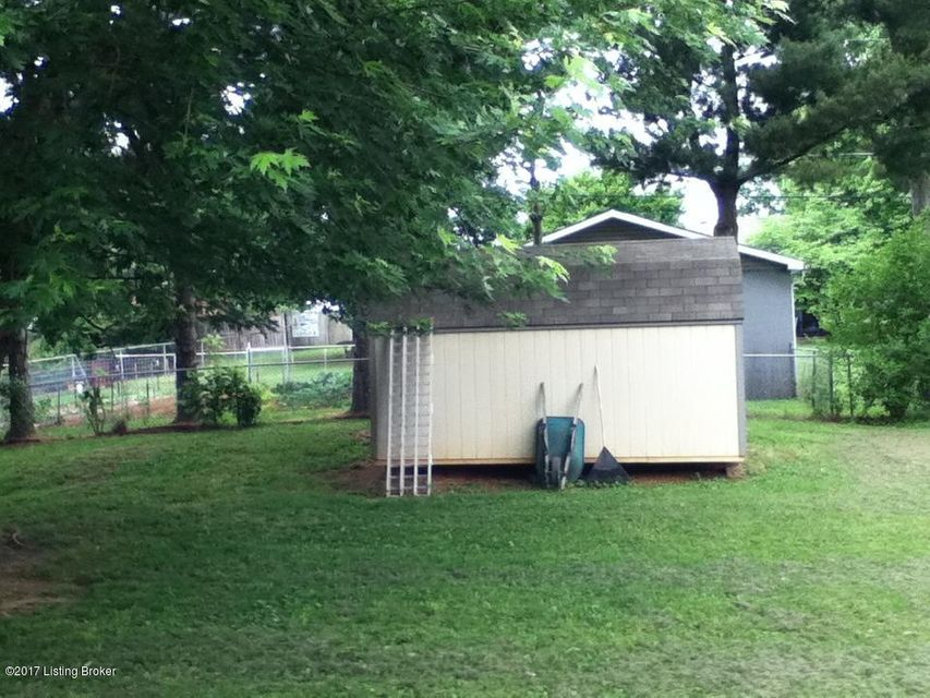 Additional photo for property listing at 61 Tunnel Hill Church Road  Elizabethtown, Kentucky 42701 United States