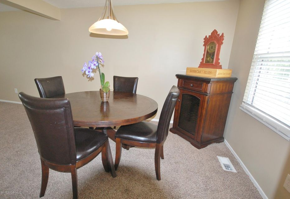 Additional photo for property listing at 4307 Culpepper Circle  Louisville, Kentucky 40241 United States