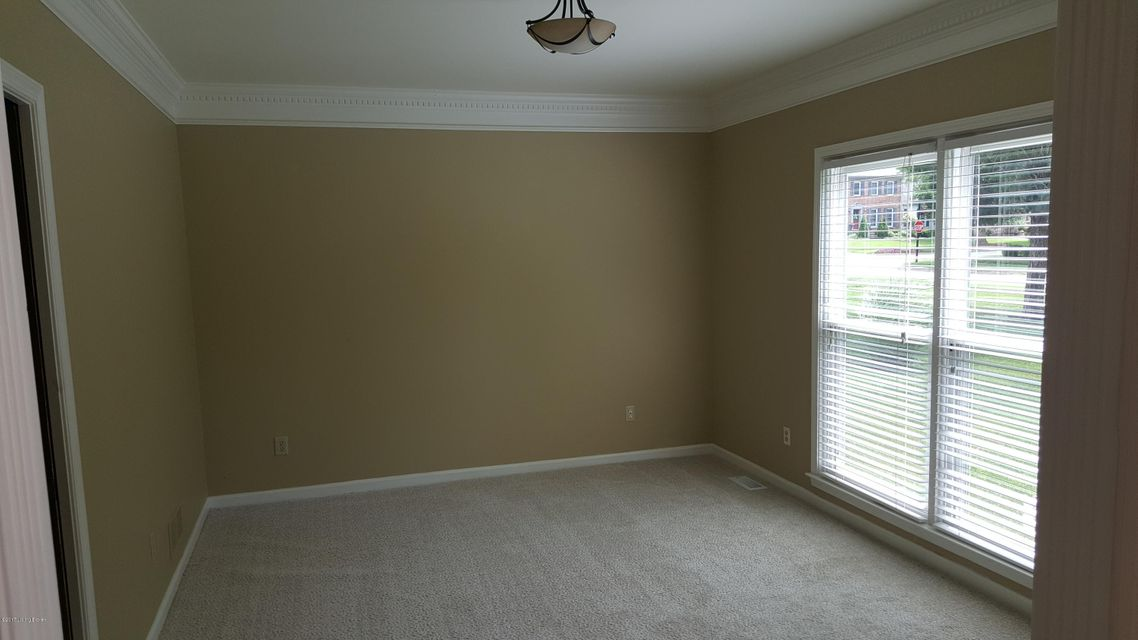 Additional photo for property listing at 505 Edgeforest Place  Louisville, Kentucky 40245 United States
