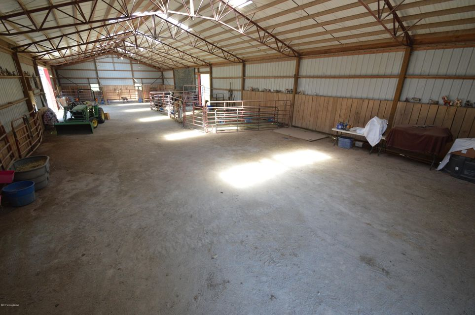 Additional photo for property listing at 2795 Zoneton Road 2795 Zoneton Road Shepherdsville, Kentucky 40165 United States
