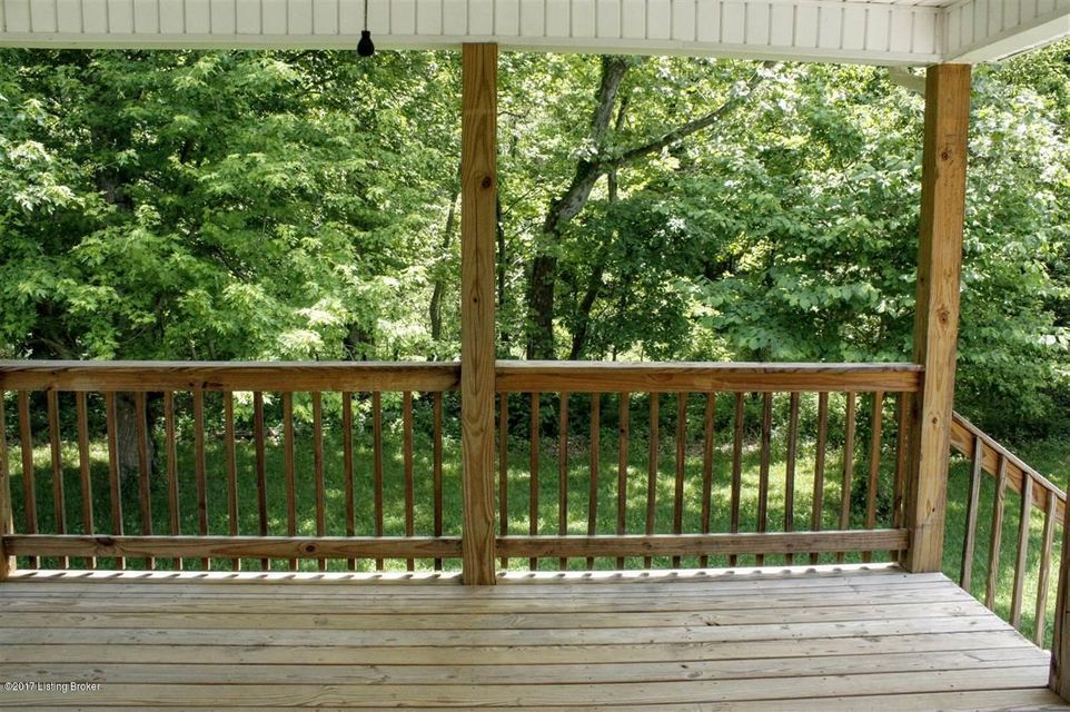 Additional photo for property listing at 130 Lowball Lane  Vine Grove, Kentucky 40175 United States