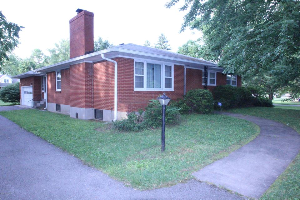 Single Family Home for Sale at 7015 Woodhaven Road Louisville, Kentucky 40291 United States