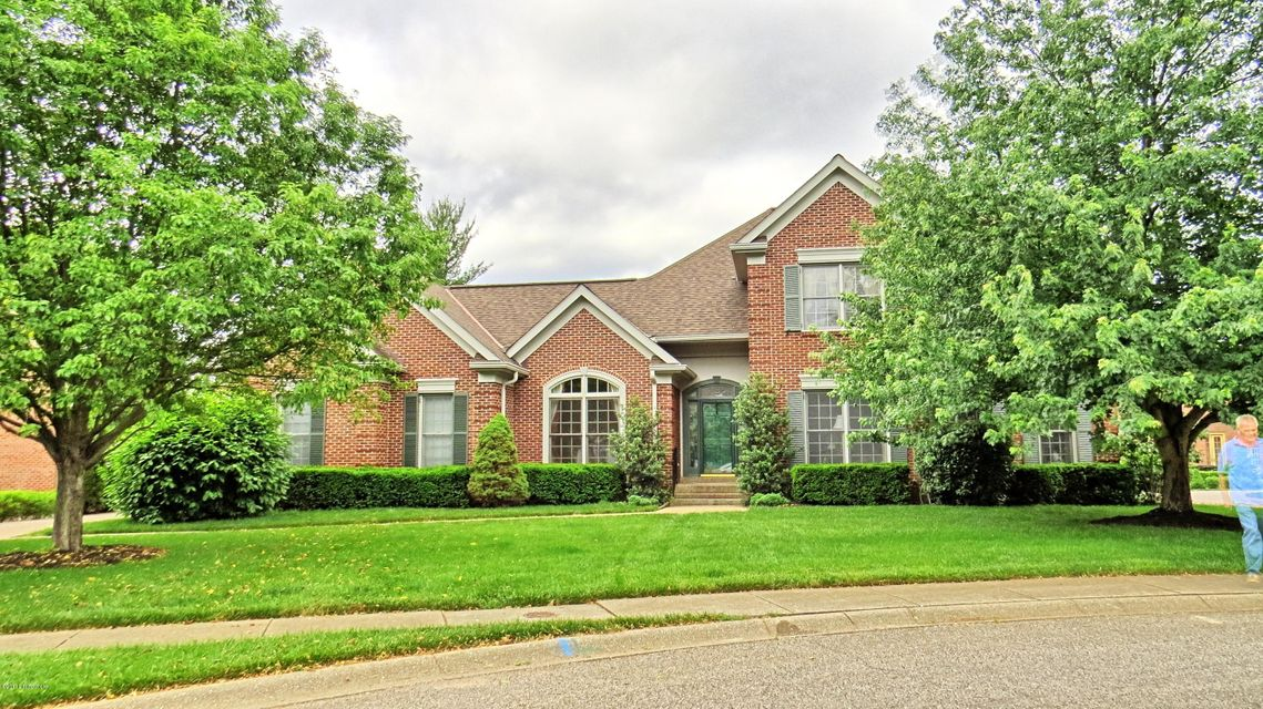 308 Coralberry Rd, Louisville, KY 40207