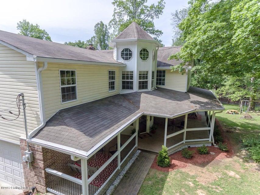 Single Family Home for Sale at 424 Reader Lane Shepherdsville, Kentucky 40165 United States