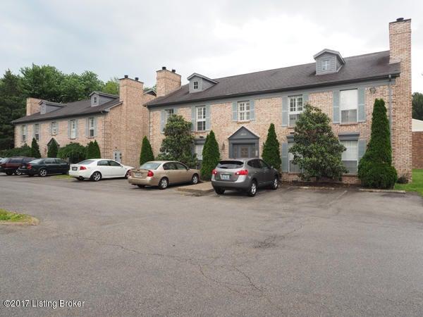 3813 Chamberlain Ln C, Louisville, KY 40241