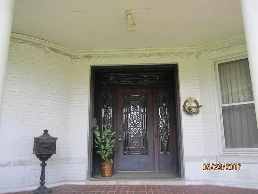 Additional photo for property listing at 1015 Highland Avenue 1015 Highland Avenue Carrollton, Kentucky 41008 United States