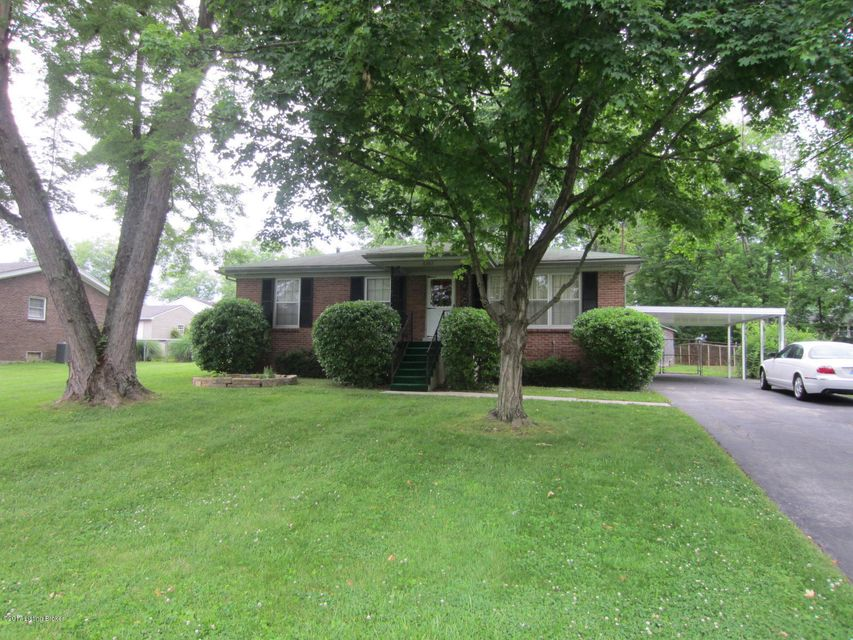 Single Family Home for Sale at 6503 Crossbrook Drive Pewee Valley, Kentucky 40056 United States