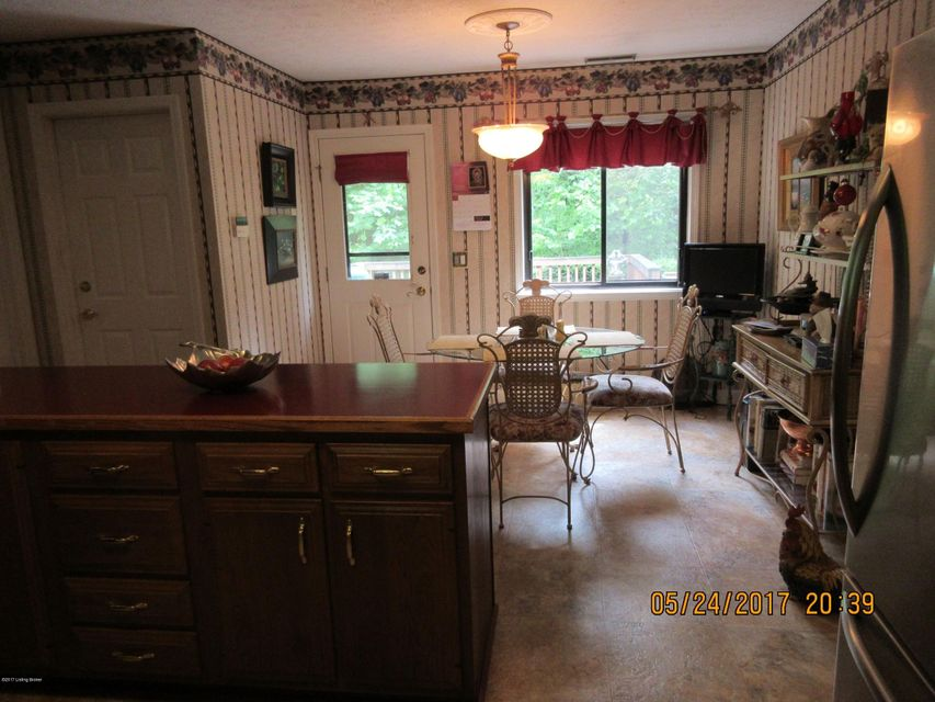 Additional photo for property listing at 4089 Deckard School Road  Radcliff, Kentucky 40160 United States