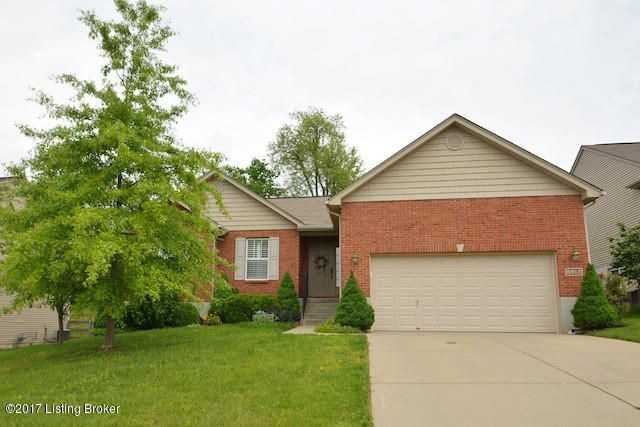 Single Family Home for Sale at 6912 Lucia Drive Burlington, Kentucky 41005 United States