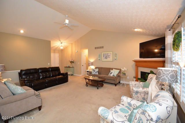 Additional photo for property listing at 6912 Lucia Drive  Burlington, Kentucky 41005 United States
