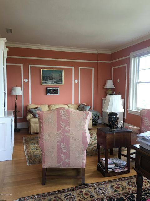 Additional photo for property listing at 2140 Bonnycastle Avenue  Louisville, Kentucky 40204 United States