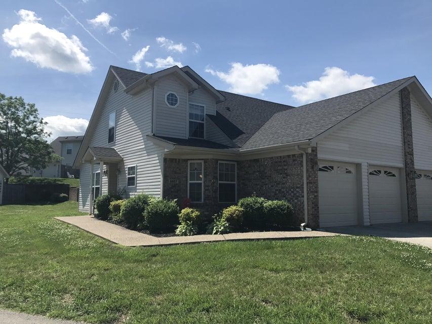 6807 Wynde Manor Dr, Louisville, KY 40228