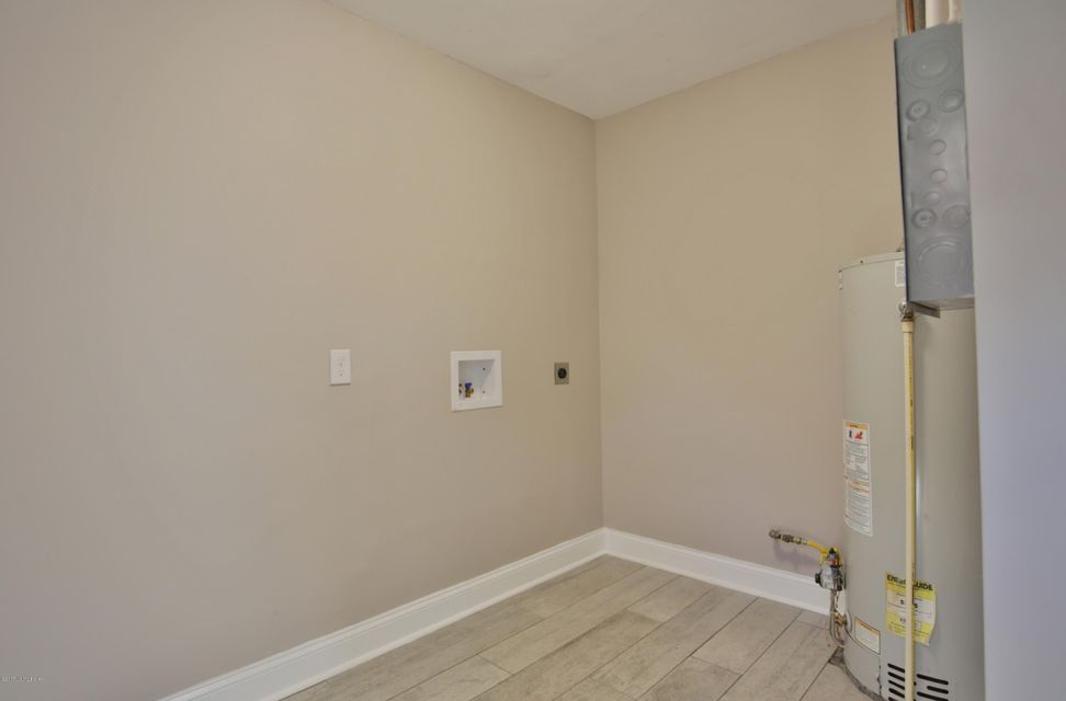 Additional photo for property listing at 2518 Wendell Avenue  Louisville, Kentucky 40205 United States